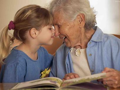 la-complicidad-entre-una-abuela-y-su-nieta